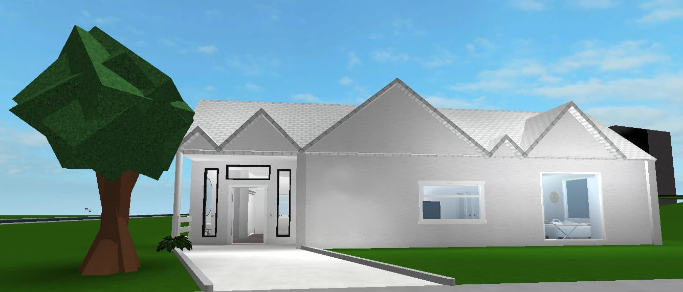 Build You A Starter Roblox Bloxburg Home By Yikesalt