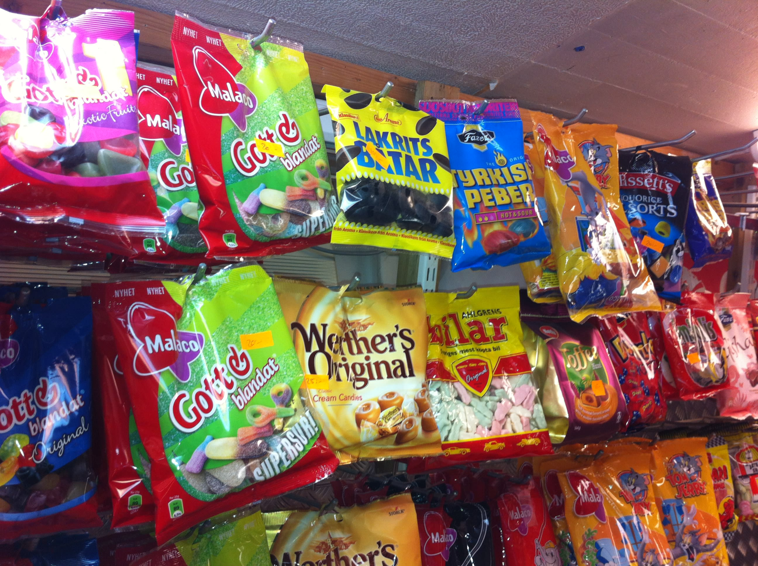 send-you-typical-swedish-candy-and-sweets.jpg