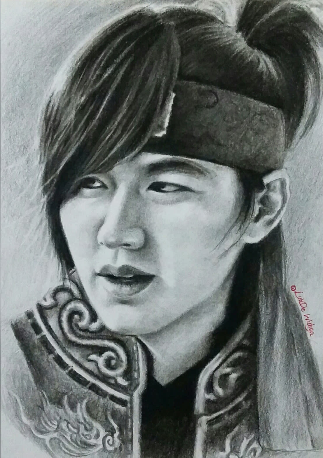 I will draw realistic pencil portrait from a photo