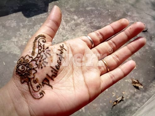 Mehndi Hand Name : Write any name or message using mehndi henna by russa