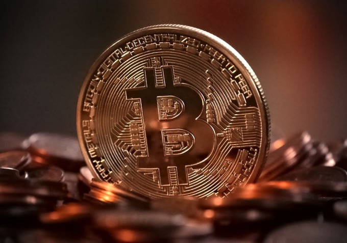 buy cryptocurrency email list