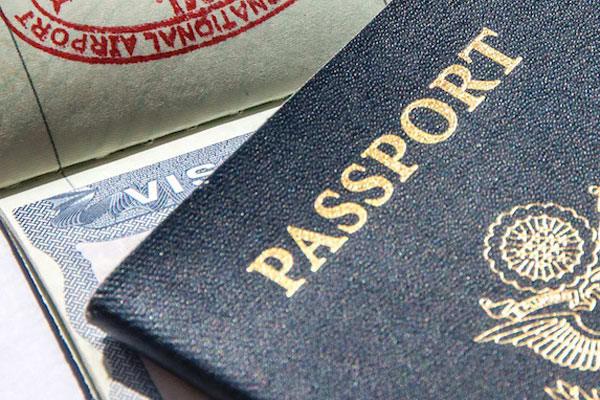 provide legal advice regarding visa passport immigration