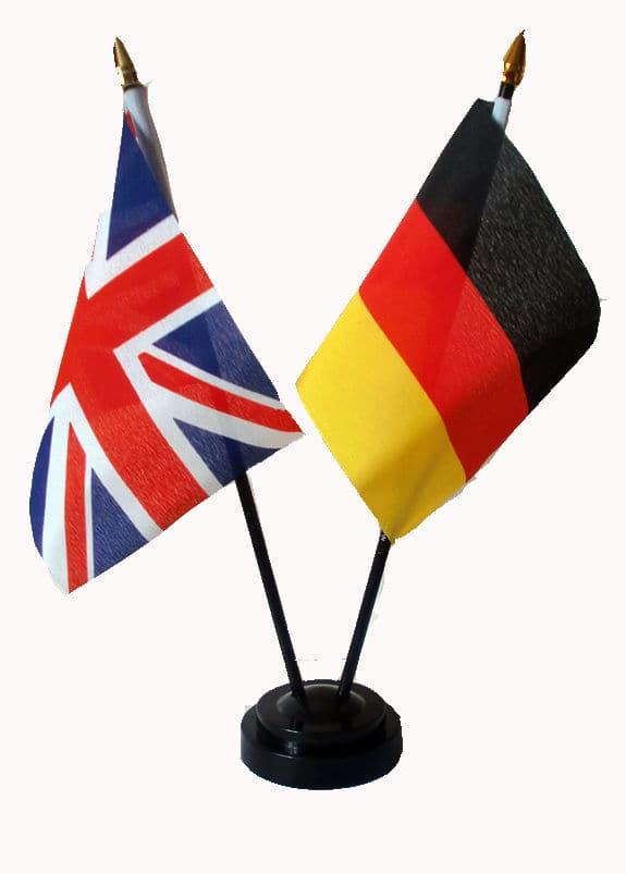 С немецким английский путаю