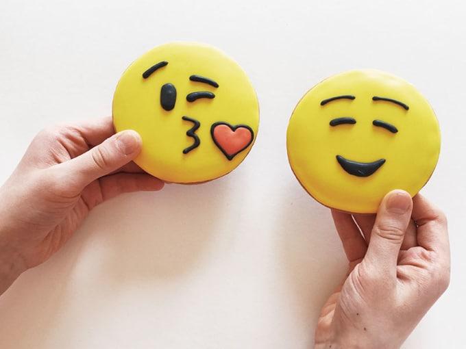 Online dating profiel emoticons