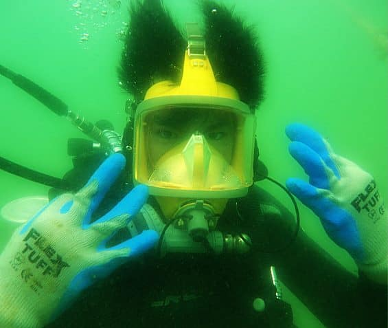 guide you on professional scuba diving and commercial technical diving
