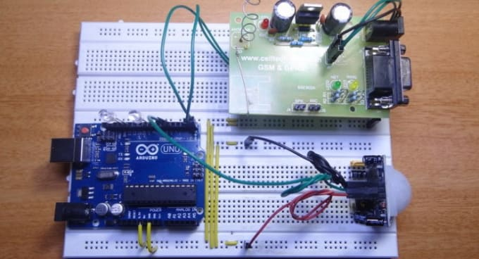 do arduino programming and simulation in proteus