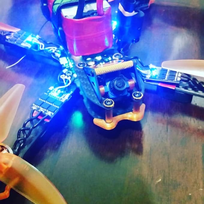 help you build a custom fpv first person view racing drone