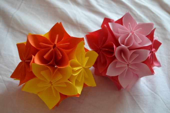 Do a glob of origami flowers for you by vickstrizheus do a glob of origami flowers for you mightylinksfo