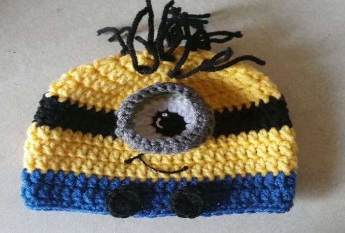 Make A Despicable Me Baby Hat By Crystyles