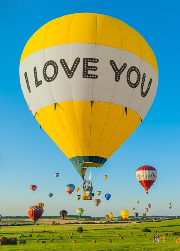 editorium : I will put your message on this Hot Air Balloon for $5 on  www fiverr com