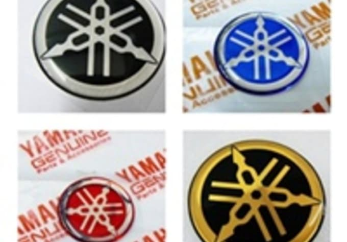 Give genuine yamaha tank sticker decal free genuine yamaha letter stickers worldwide free shipping
