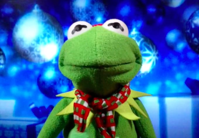 Create a personalized christmas video greeting from kermit by cosby01 m4hsunfo
