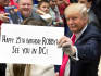 holding-a-sign_ws_1468246242