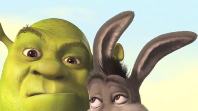 Donkey_promotes_Lisa_Magoulas