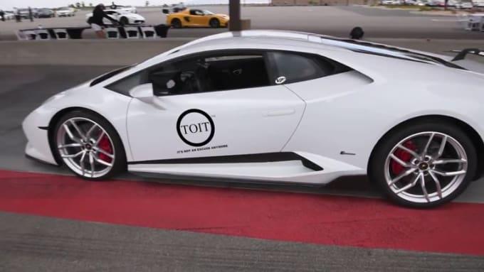 jcoop75 White Lamborghini done