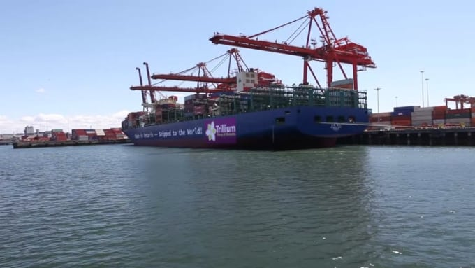 cargo_ship_full_HD