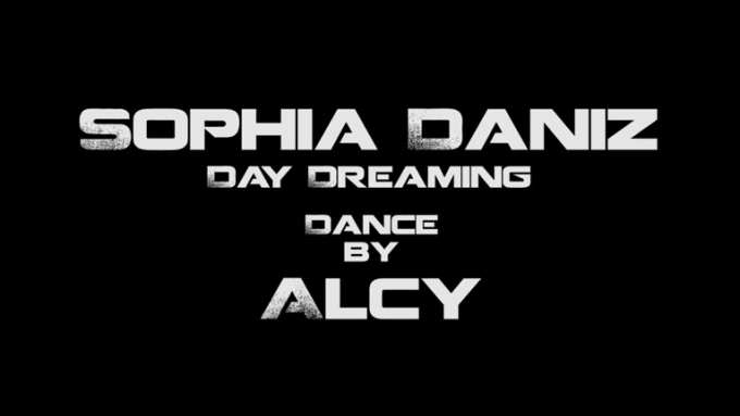 Sophia Daniz Day dreaming dance by Alcy