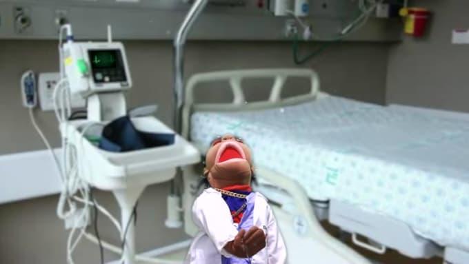 Puppets Dr gig for dayfv95 C