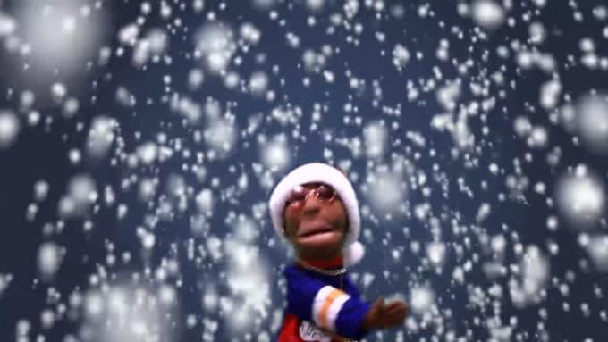 puppets xmas gig for needaskip B