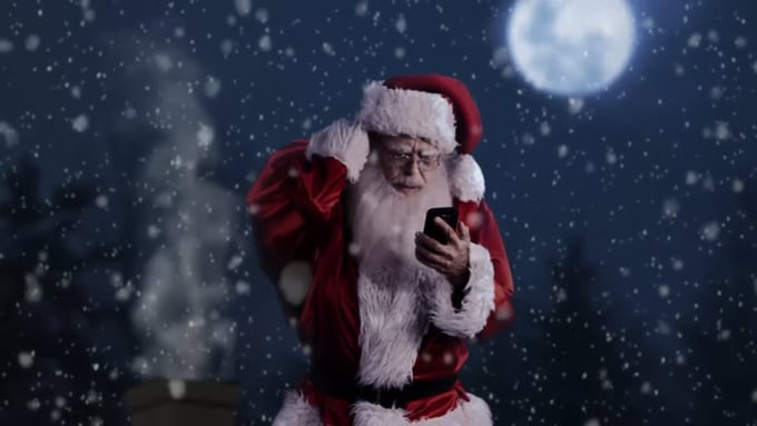 Magzhizn Santa Shopping Commercial
