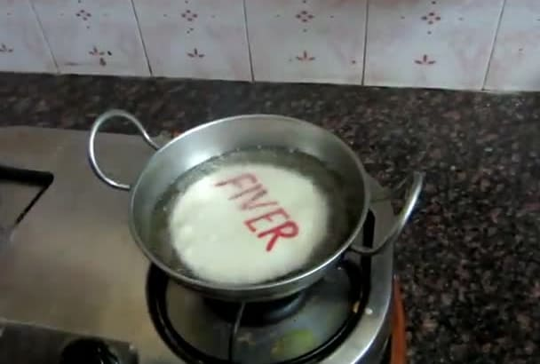 hd Video And Write ur Message/Bday/Christmas Wishes On Poori Indias Famous Dish