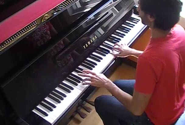 play your piano piece