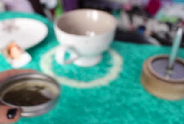 read your TEA Leaves using Fortune Teller Magic